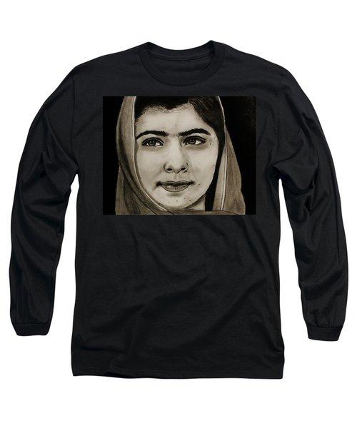 Malala Yousafzai- Teen Hero Long Sleeve T-Shirt