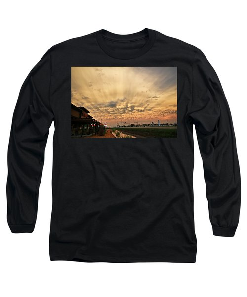 Long Sleeve T-Shirt featuring the photograph Mammatus Over Yorkton Sk by Ryan Crouse