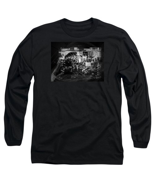 Memories Souvenirs Long Sleeve T-Shirt