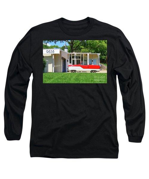 Metropolitan Long Sleeve T-Shirt