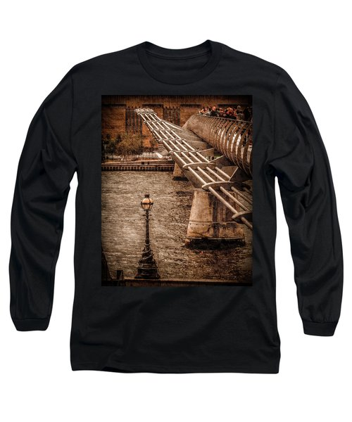 London, England - Millennium Bridge Long Sleeve T-Shirt