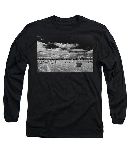 Mono Straw Bales Long Sleeve T-Shirt