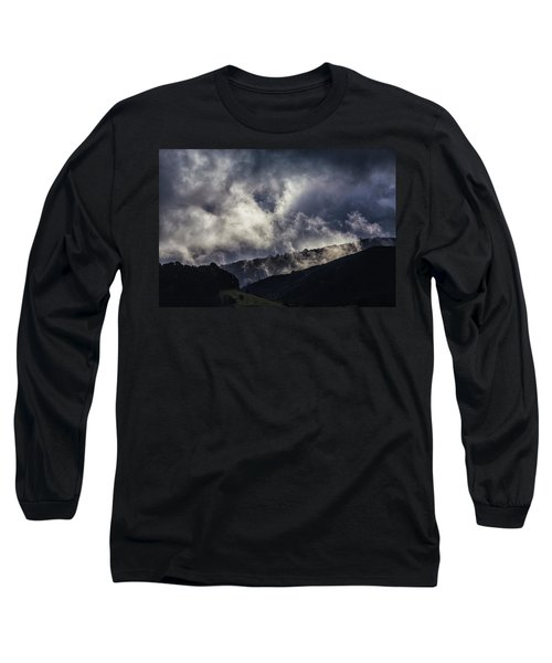 Morning Fog,mist And Cloud On The Moutain By The Sea In Californ Long Sleeve T-Shirt