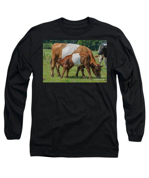Long Sleeve T-Shirt featuring the photograph Mother And Child by Patricia Hofmeester