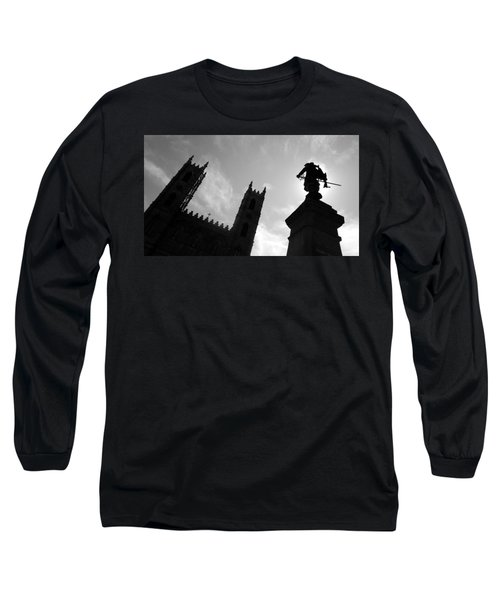 Long Sleeve T-Shirt featuring the photograph Notre Dame Silhouette by Valentino Visentini