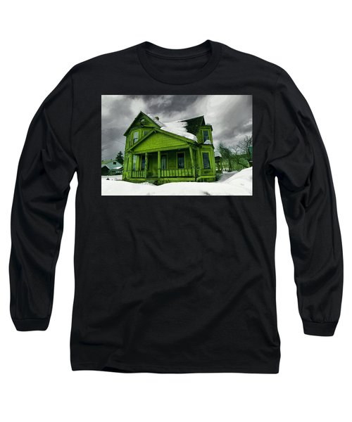 Long Sleeve T-Shirt featuring the photograph Old House In Roslyn Washington by Jeff Swan