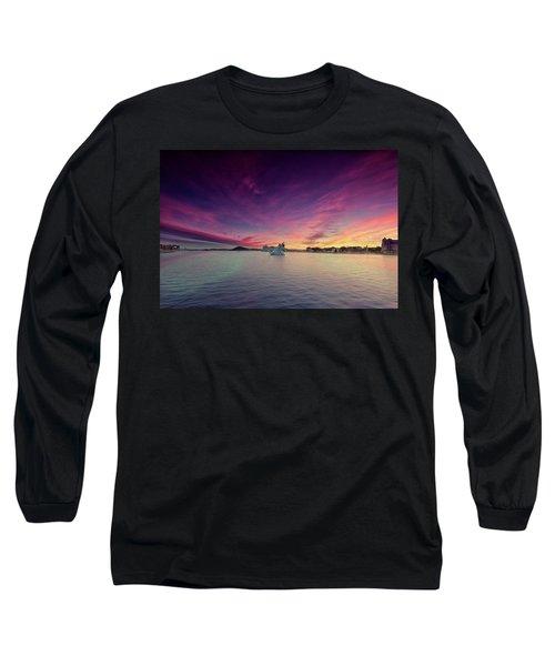 Oslo Harnour Long Sleeve T-Shirt