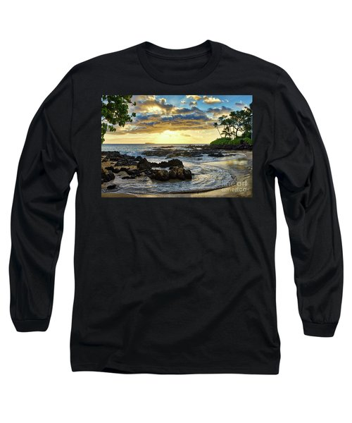 Pa'ako Cove Long Sleeve T-Shirt