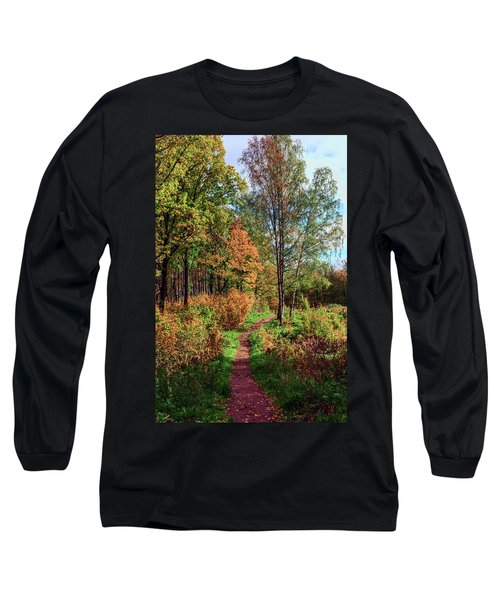 path in a beautiful country Park on a Sunny autumn day Long Sleeve T-Shirt