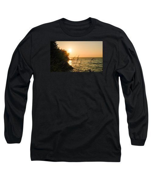 Long Sleeve T-Shirt featuring the photograph Peaking Sunset by Monte Stevens