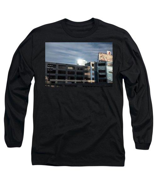 Philadelphia Urban Landscape - 1195 Long Sleeve T-Shirt by David Sutton
