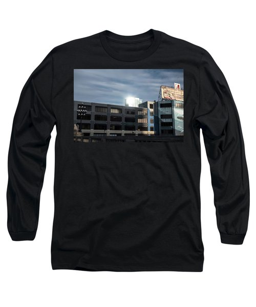Philadelphia Urban Landscape - 1195 Long Sleeve T-Shirt