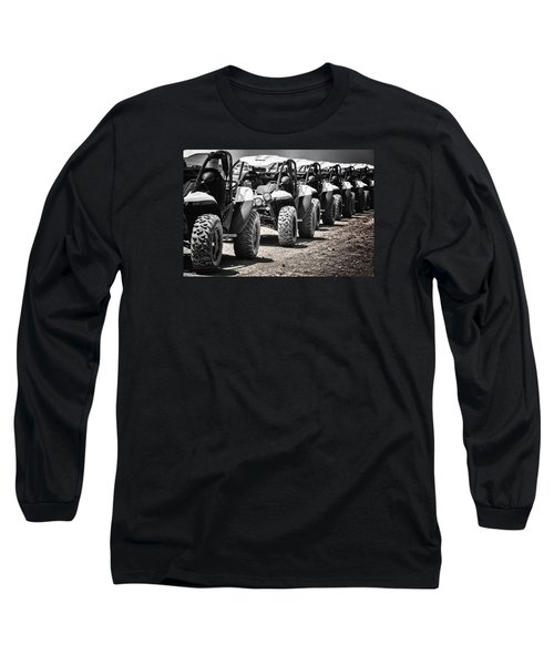Long Sleeve T-Shirt featuring the photograph Pole Position by Edgar Laureano