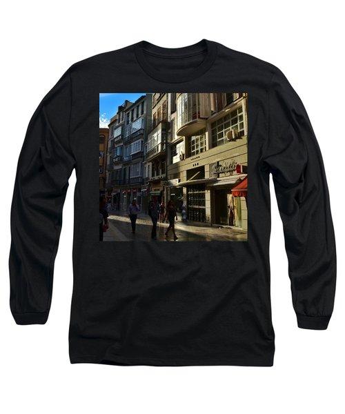 Por Las Calles Del Centro De #malaga Long Sleeve T-Shirt
