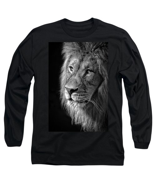Portrait Of A King Long Sleeve T-Shirt