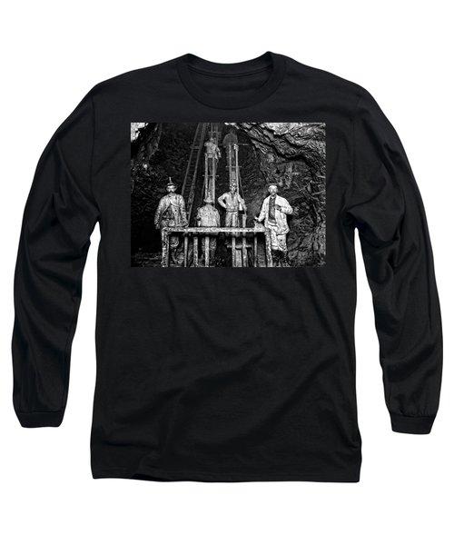 Quincy Mine Man Engine  C. 1890 Long Sleeve T-Shirt
