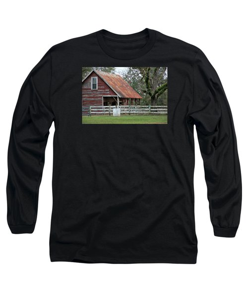 Red Barn With A Rin Roof Long Sleeve T-Shirt
