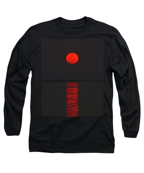 Red Moon Rising  Long Sleeve T-Shirt