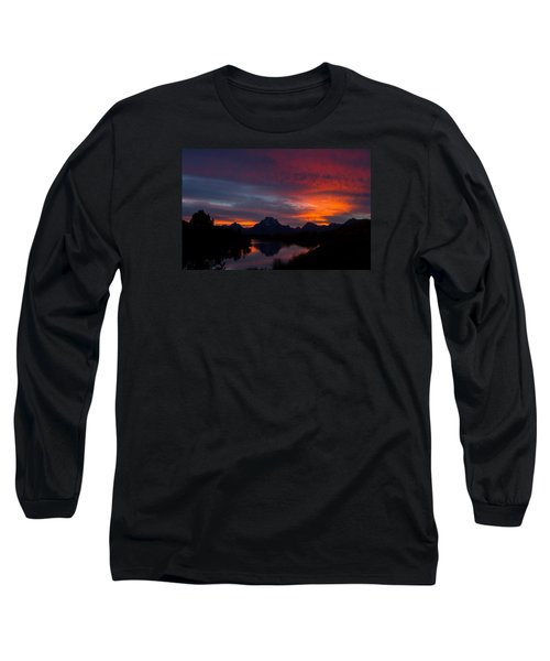 Red Sky At Oxbow Long Sleeve T-Shirt