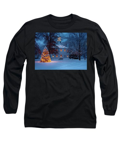 Richmond Vermont Round Church At Christmas Long Sleeve T-Shirt