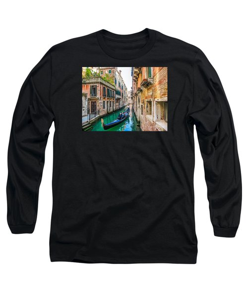 Romantic Gondola Scene On Canal In Venice Long Sleeve T-Shirt