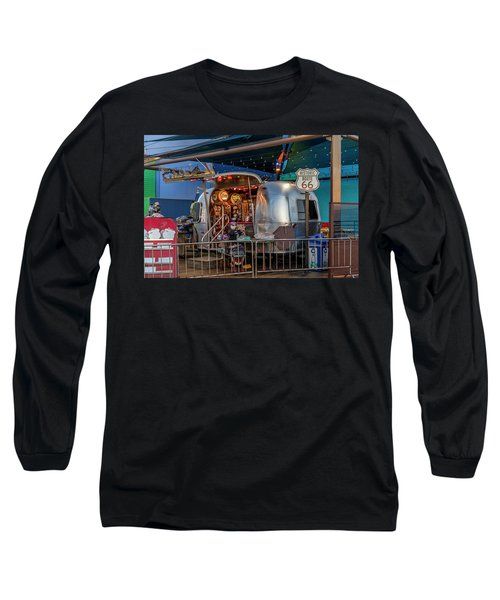 Route 66 And Airstream On Tha Pier Long Sleeve T-Shirt