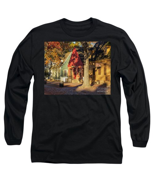 Row Houses Duke Of Gloucester Colonial Williamsburg Long Sleeve T-Shirt
