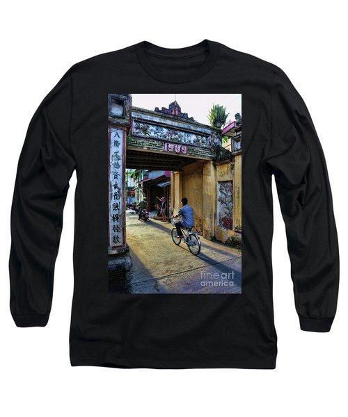 Saigon History  Long Sleeve T-Shirt