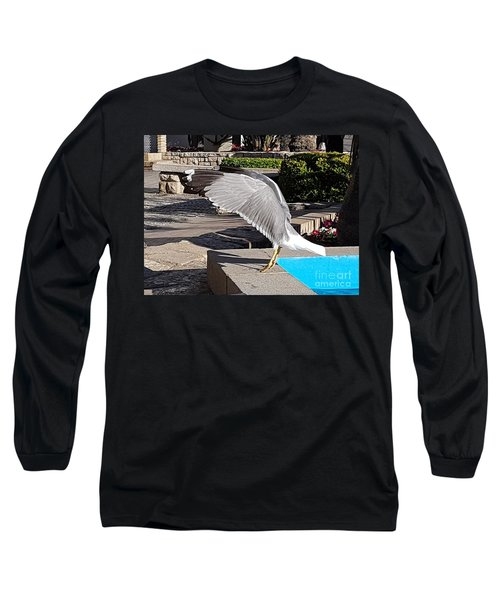 Seagull Showing Off Long Sleeve T-Shirt