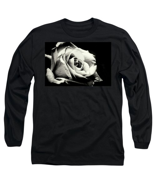 She Blooms Long Sleeve T-Shirt