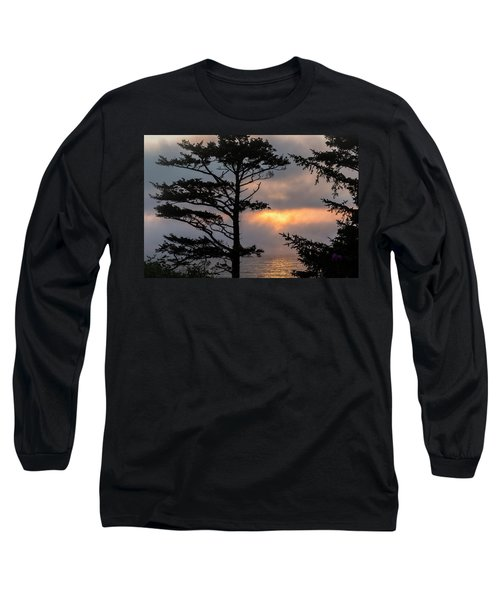 Silver Point Silhouette Long Sleeve T-Shirt