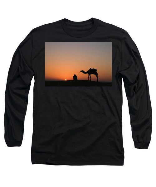 Skn 0870 Silhouette At Sunrise Long Sleeve T-Shirt