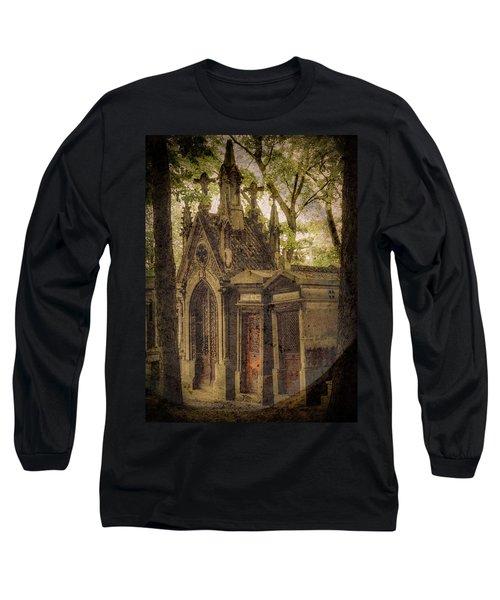 Paris, France - Spirits - Pere-lachaise Long Sleeve T-Shirt