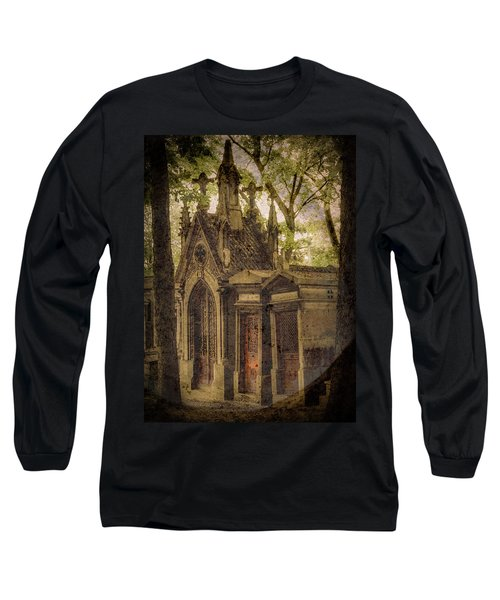 Paris, France - Spirits - Pere-lachaise Long Sleeve T-Shirt