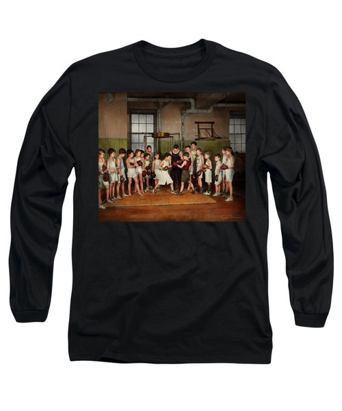 Long Sleeve T-Shirt featuring the photograph Sport - Boxing - Fists Of Fury 1924 by Mike Savad