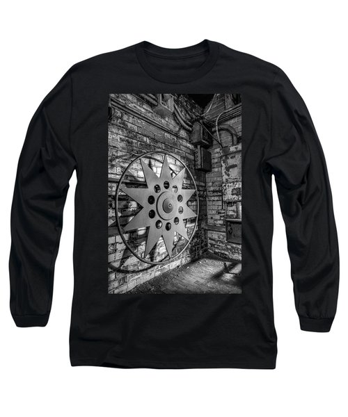 Star Wheel Long Sleeve T-Shirt