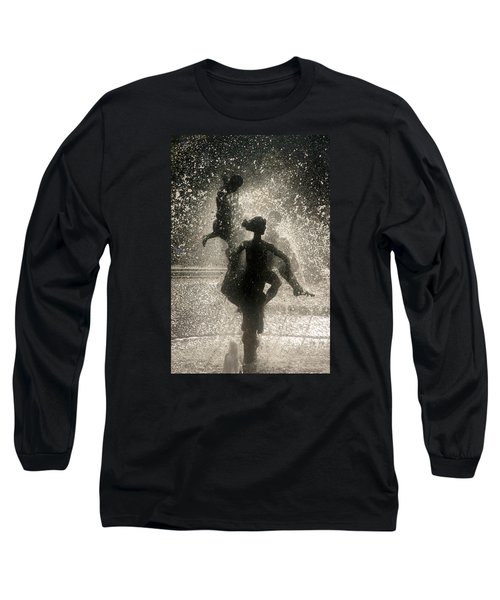 Statue In Rostock, Germany Long Sleeve T-Shirt