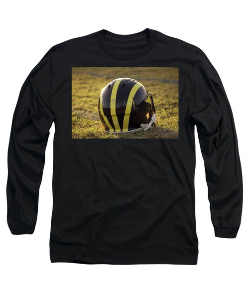 Striped Wolverine Helmet On The Field At Dawn Long Sleeve T-Shirt