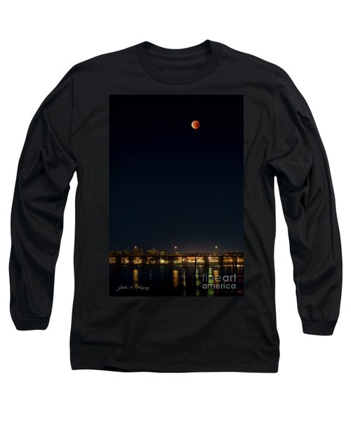 Super Blood Moon Over Ventura, California Pier Long Sleeve T-Shirt