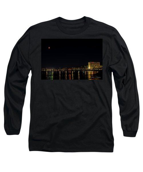 Super Blue Blood Moon Over Ventura, California Pier  Long Sleeve T-Shirt