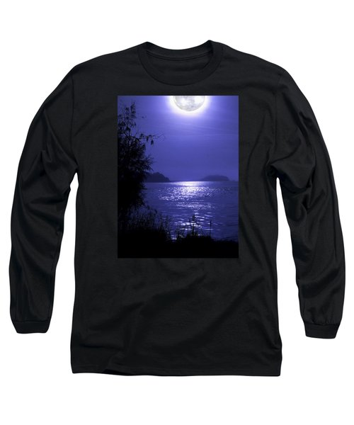 Long Sleeve T-Shirt featuring the photograph Super Moon by Laura Ragland