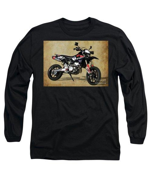 Suzuki Race Motorcycle. 387. Long Sleeve T-Shirt
