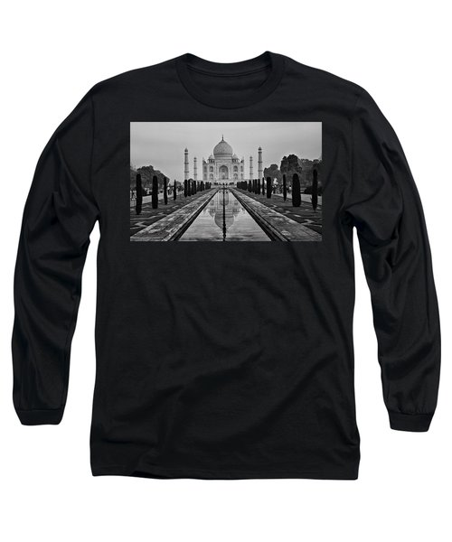 Taj Mahal In Black And White Long Sleeve T-Shirt