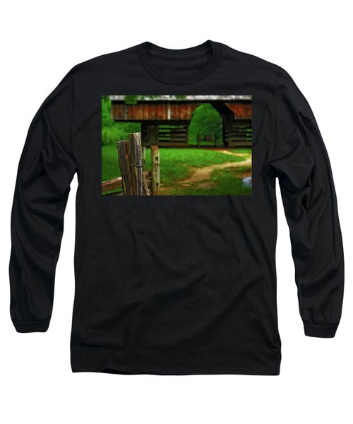 Long Sleeve T-Shirt featuring the photograph Tennesse Barn by Rowana Ray