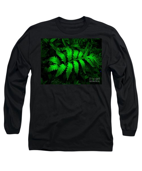 Long Sleeve T-Shirt featuring the photograph The Fern by Elfriede Fulda