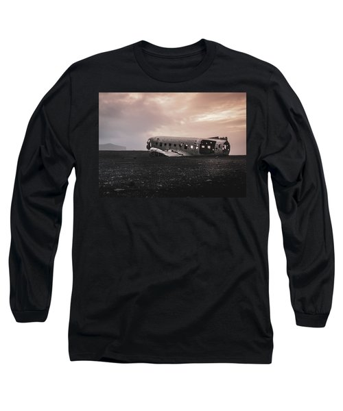 The Ghost - Plane Wreck In Iceland Long Sleeve T-Shirt