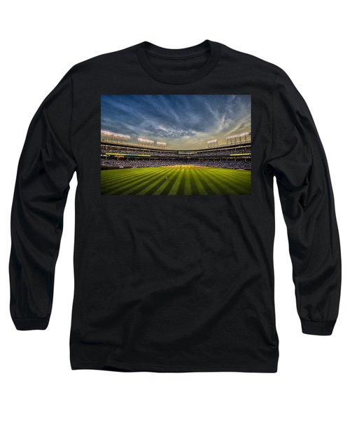 The New Wrigley Field With Pretty Sunset Sky Long Sleeve T-Shirt
