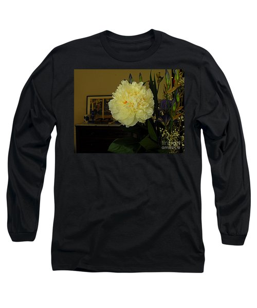Long Sleeve T-Shirt featuring the photograph The Stand Out by Nancy Kane Chapman