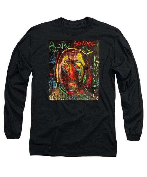 A Beauty Never Dies ........... Long Sleeve T-Shirt