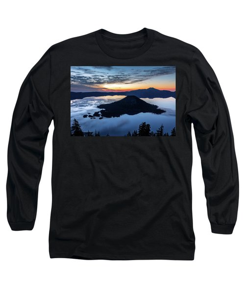 Long Sleeve T-Shirt featuring the photograph The Wizard At Dawn by Pierre Leclerc Photography